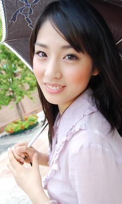 11 本仮屋ユイカの美人すぎる妹とは?